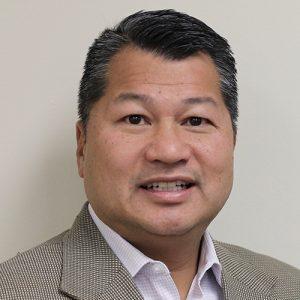 Robert Ho Headshot