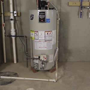 Flushing water heater